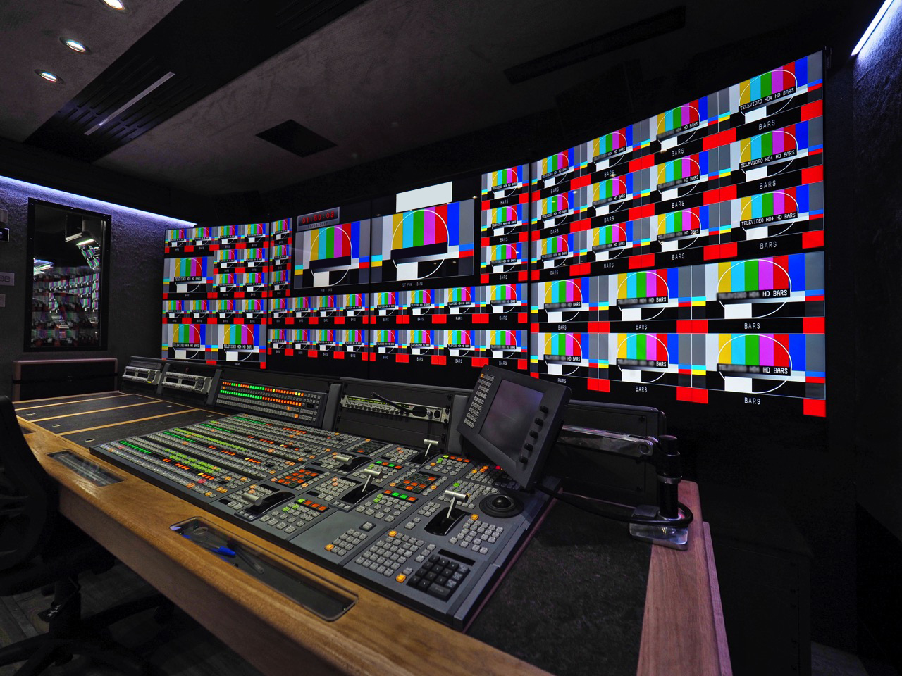 20 - 24 Camera Expanding HD Outside Broadcast unit Fully Refitted in 2015